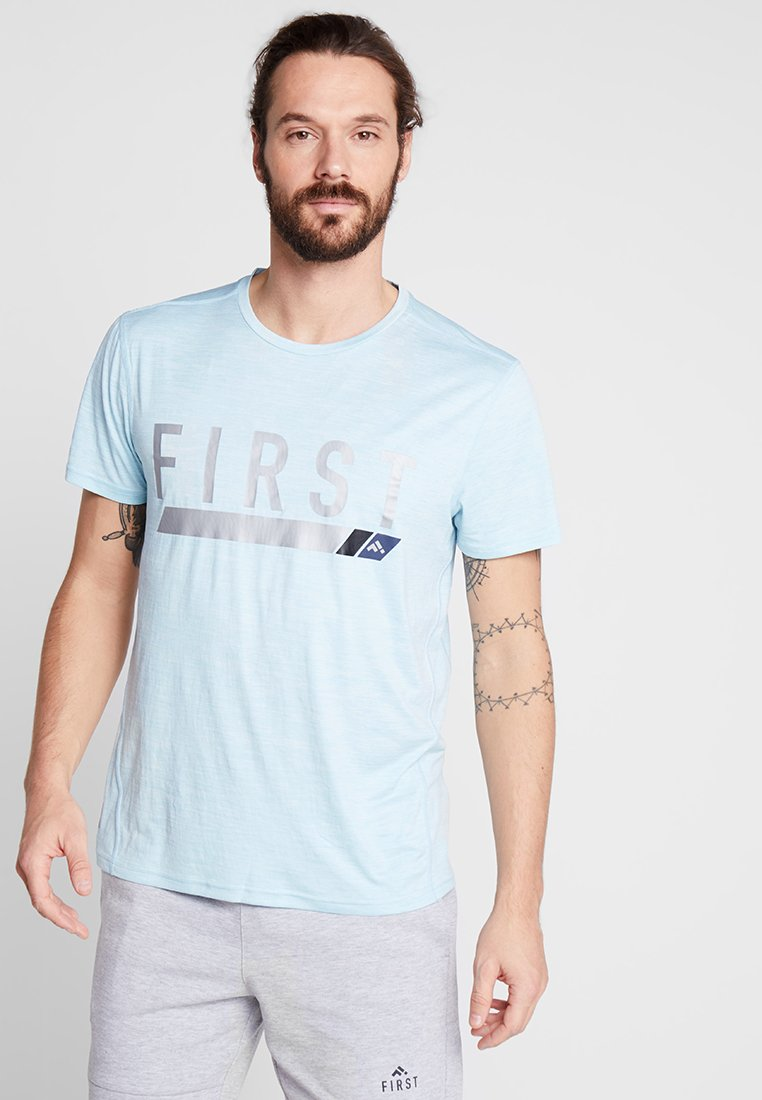 FIRST - FRSNEIL TRAINING TEE  - T-shirt z nadrukiem - sea/white melange