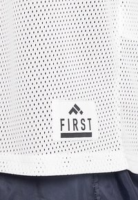 FIRST - FRSSTEWARD TEE - Top - white/blue nights - 6