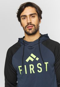 FIRST - FRSSTALO HOOD SWEAT - Mikina s kapucí - blue nights/black/azid lime - 3
