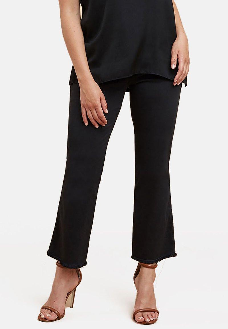 Fiorella Rubino - Flared Jeans - black