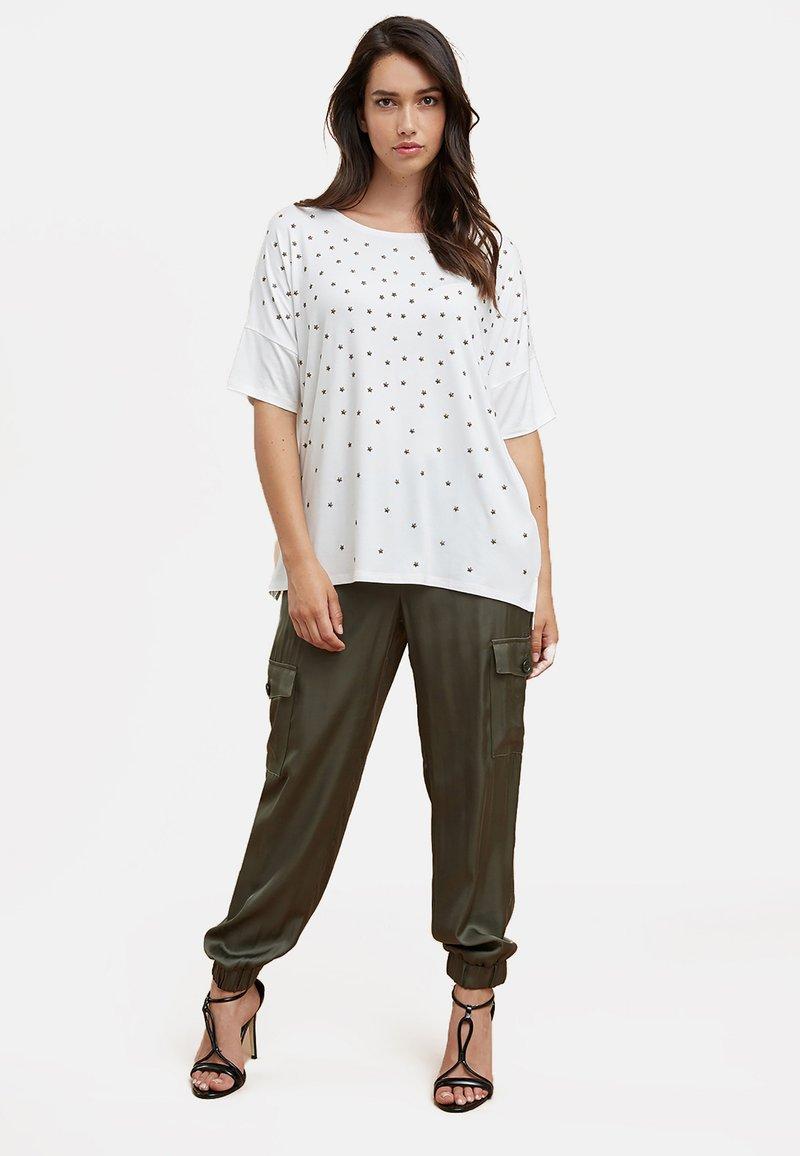 Fiorella Rubino - Cargo trousers - green