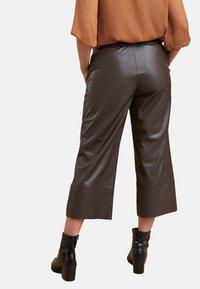 Fiorella Rubino - Pantaloni - brown - 2