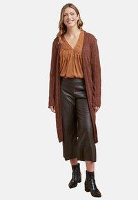 Fiorella Rubino - Pantaloni - brown - 1