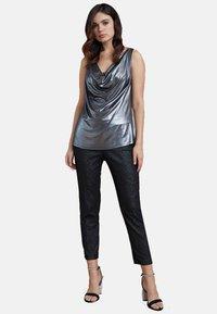Fiorella Rubino - Trousers - black - 1