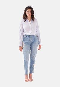 Fiorella Rubino - CON RICAMO - Jeans slim fit - blu - 1