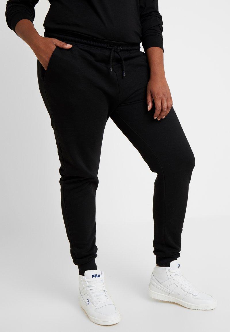 Fila Plus - EIDER PANTS - Pantalones deportivos - black
