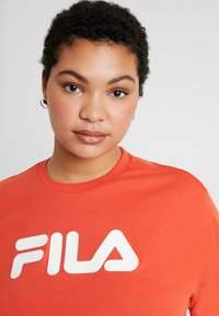 Fila Plus - PURE SHORT SLEEVE - Camiseta estampada - orange - 4