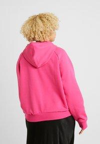 Fila Plus - FLORESHA HOODY - Jersey con capucha - pink yarrow - 2