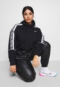 Fila Plus - TAVORA HOODY - Hoodie - black/bright white - 4