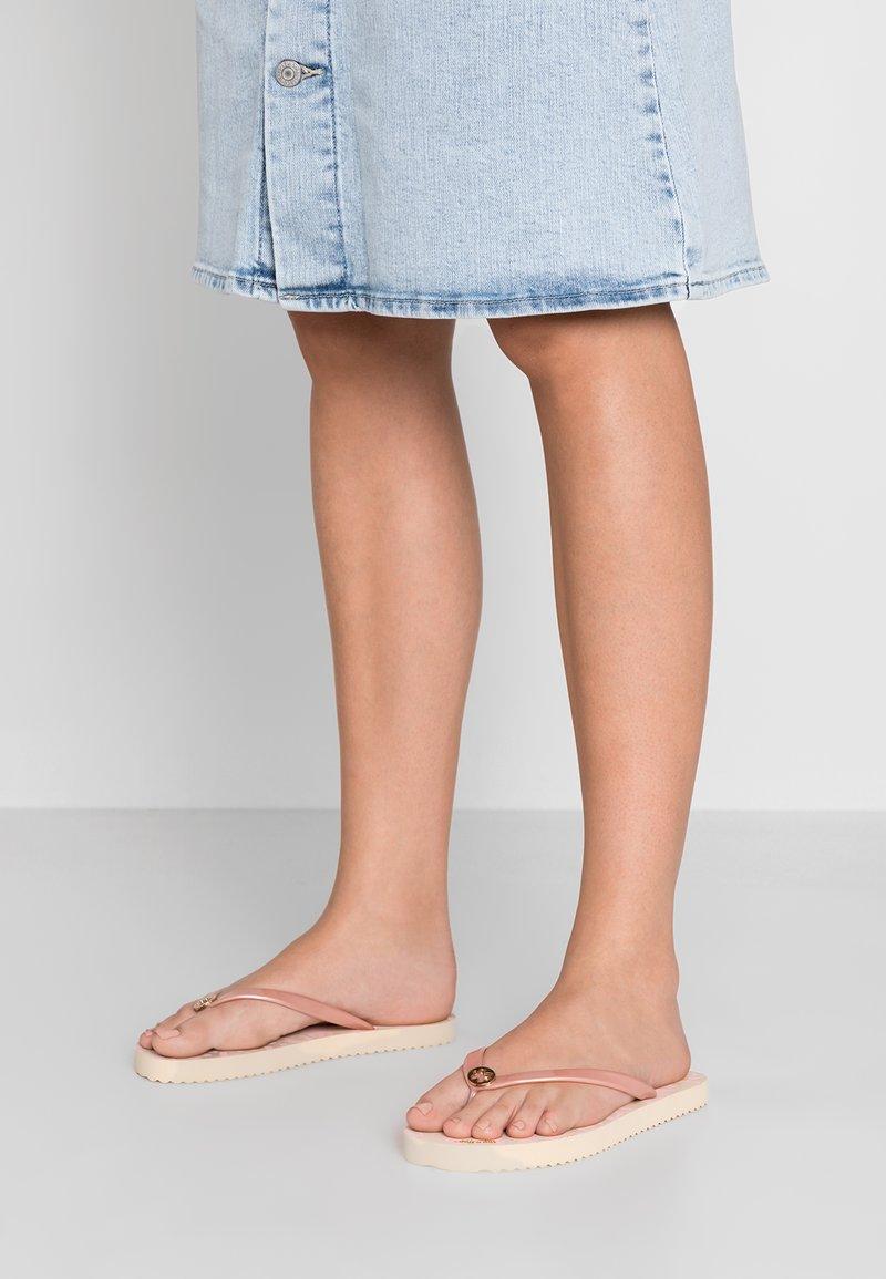 flip*flop - GOLDFLOWER - Pool shoes - silver/pink