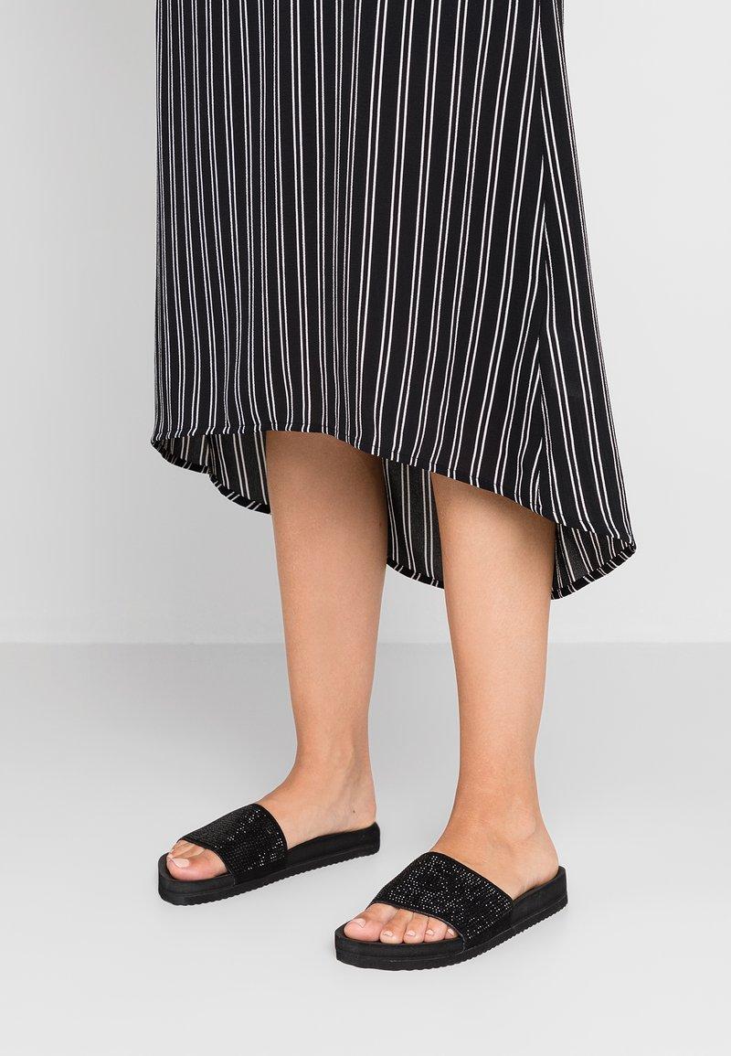 flip*flop - POOL GLAM - Pantolette flach - black