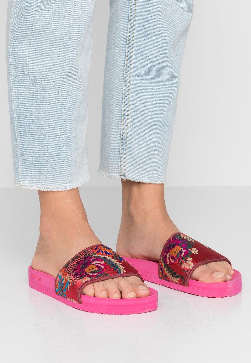flip*flop - POOL ASIA - Sandalias planas - very pink