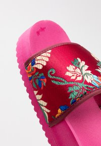 flip*flop - POOL ASIA - Mules - very pink - 2