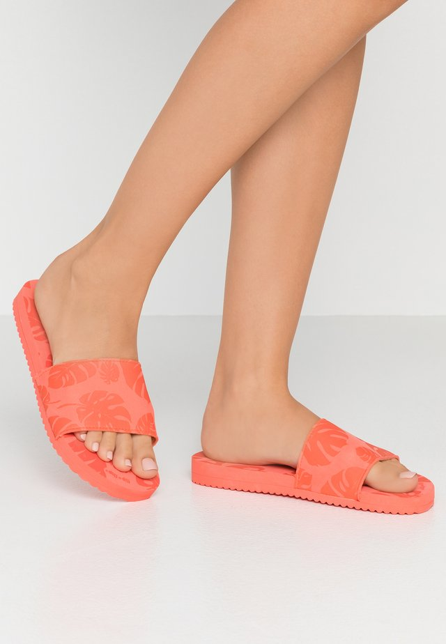 POOLY PALM - Mules - watermelon