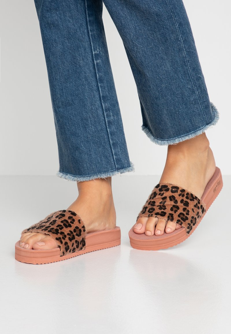 flip*flop - POOL LEO - Sandalias planas - dusty rose