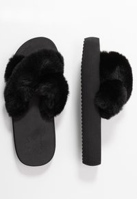flip*flop - FAT CROSS  - Mules - black - 3