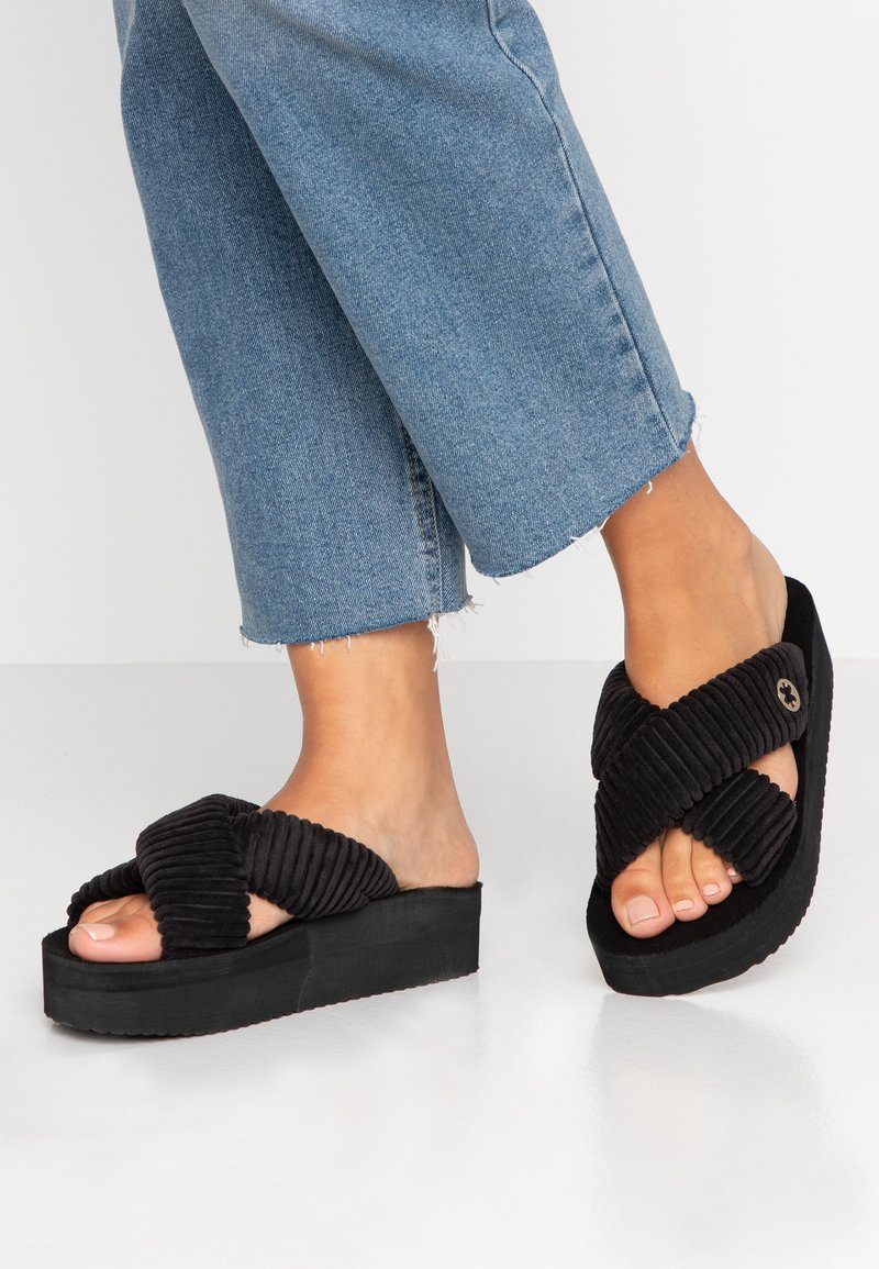 flip*flop - CROSS - Mules - black