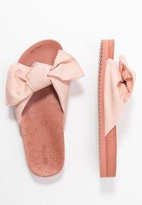 flip*flop - POOL SOFT - Pantofle - dirty rose - 3
