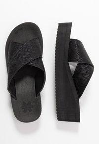 flip*flop - WEDGE CROSS - Korolliset pistokkaat - black - 3