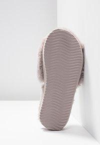 flip*flop - SLIDE - Domácí obuv - grey - 6