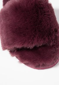 flip*flop - SLIDE - Slippers - dark berry - 2