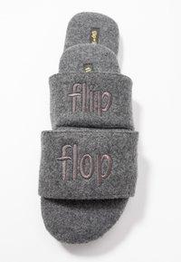 flip*flop - POOLY LOGO - Pantoffels - light grey - 7