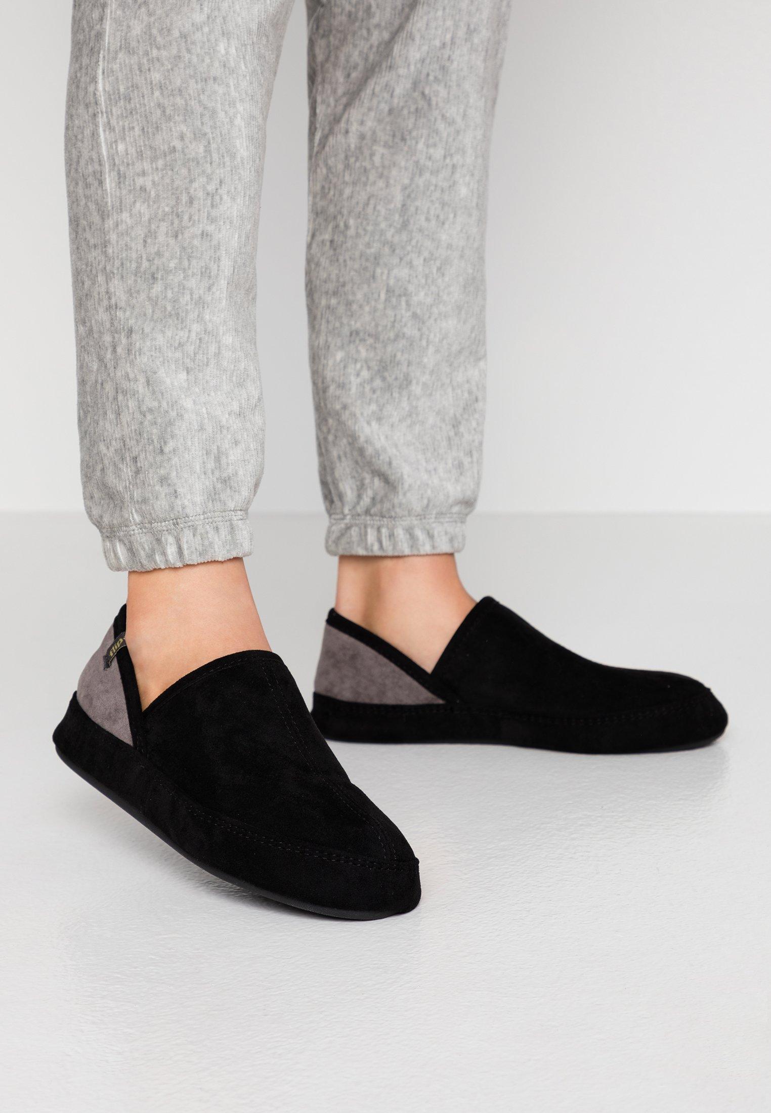 WIGWAM Pantoffels black