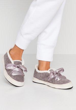 MOONIE - Slippers - steel