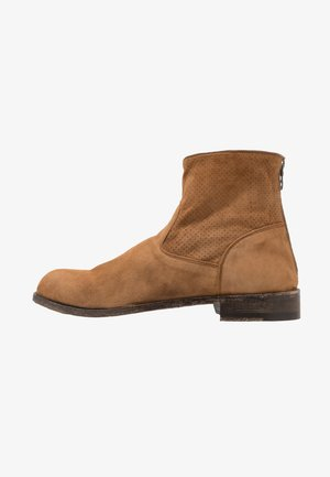 CANYON - Classic ankle boots - tobacco