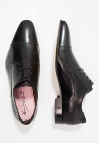 Floris van Bommel - Eleganckie buty - black - 1
