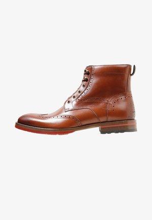 ROSSI - Šněrovací kotníkové boty - dark cognac