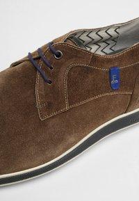 Floris van Bommel - PRESLI - Sznurowane obuwie sportowe - taupe - 5