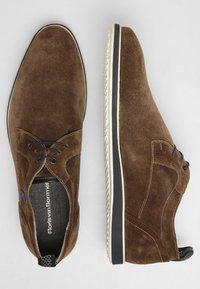 Floris van Bommel - PRESLI - Sznurowane obuwie sportowe - taupe - 1