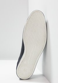 Floris van Bommel - PRESLI - Volnočasové šněrovací boty - dark blue - 4