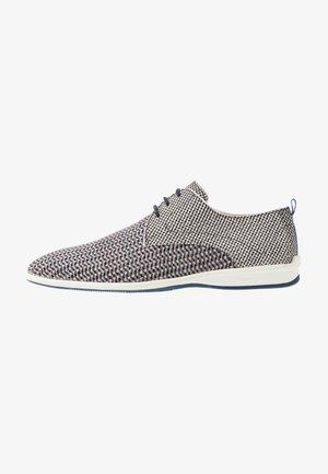 Sporty snøresko - grey