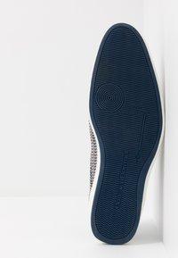 Floris van Bommel - Volnočasové šněrovací boty - grey - 4