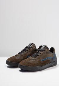 Floris van Bommel - ARMI - Sneakers - olive - 2