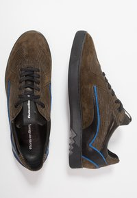 Floris van Bommel - ARMI - Sneakers - olive - 1