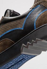 Floris van Bommel - ARMI - Sneakers - olive - 5