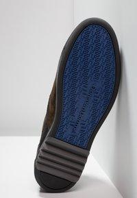 Floris van Bommel - ARMI - Sneakers - olive - 4