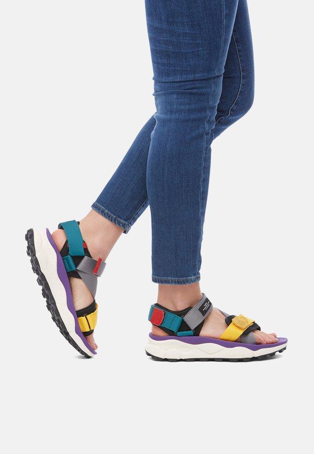 Sandales à plateforme - violett