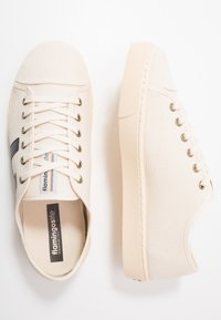 Flamingos' Life - RANCHO - Trainers - beige/navy/ivory - 1