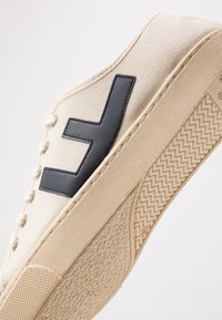 Flamingos' Life - RANCHO - Trainers - beige/navy/ivory - 5
