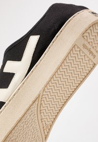 Flamingos' Life - RANCHO - Trainers - black/ivory - 5