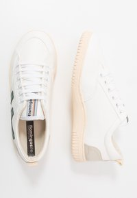 Flamingos' Life - ROLAND - Trainers - green/ivory - 1