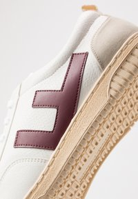 Flamingos' Life - ROLAND - Sneakers laag - burgundy/ivory - 5
