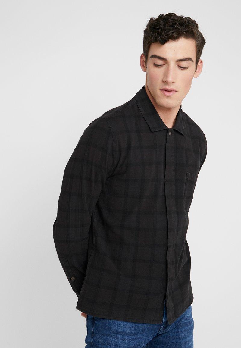 Folk - PATCH  - Skjorter - black overdyed