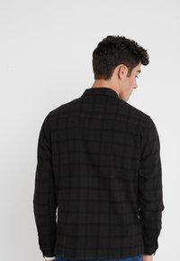 Folk - PATCH  - Skjorta - black overdyed - 2
