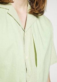 Folk - JUNCTION - Camisa - lichen - 4