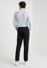 Folk - CLEAN TWILL - Pantalon classique - black - 2